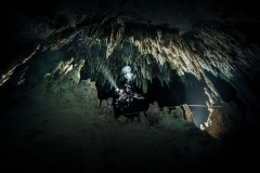 Cenote Coop 1 - cave up stream